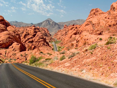 Image of desert highway where DTA's defensive driving strategies could be used